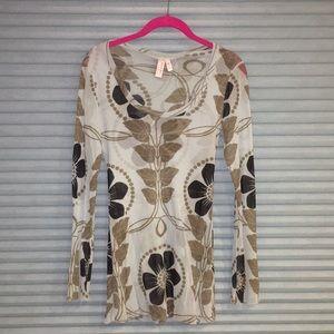 Beautiful BoHo hippie yoga floral shirt
